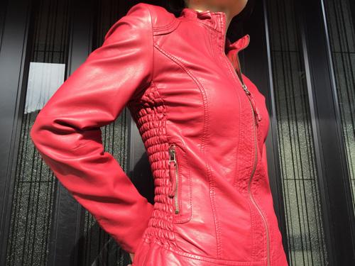 ポリウレタン繊維のジャケット