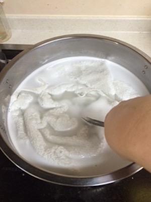 煮洗い バスタオルを煮ます
