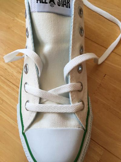 方 靴 紐 通し