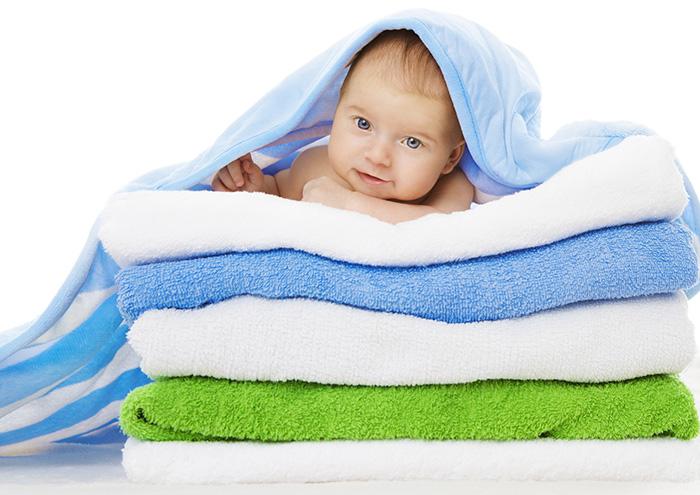 寝ている間の汗をよく吸うタオルケットのお洗濯で「夏も快眠」