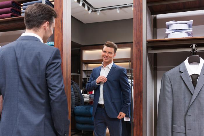 ビジネスシーンで注意したい、スーツ選び(ラペルサイズ)のポイント