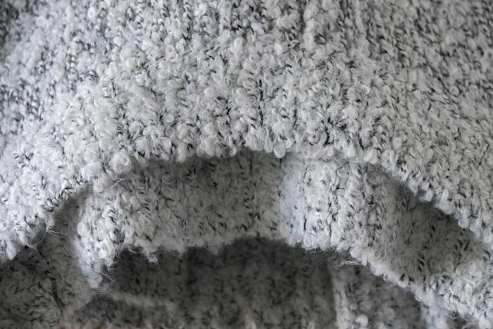 セーター類の不快なチクチクを軽減する「ふわふわ水」の作り方・使い方