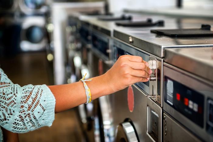 洗濯物が乾かない冬!コインランドリーでの乾燥時間を早める節約術