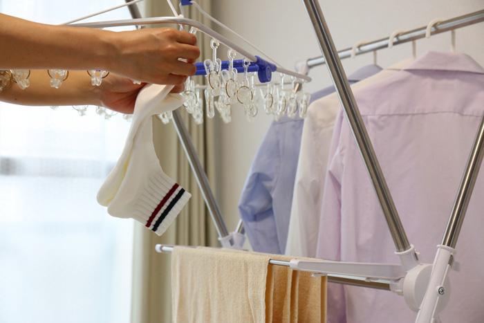 部屋干しで洗濯物が臭くなったとき、臭いを消す方法。