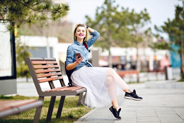 エアリーな動きのある夏らしいチュールスカートはいかがですか
