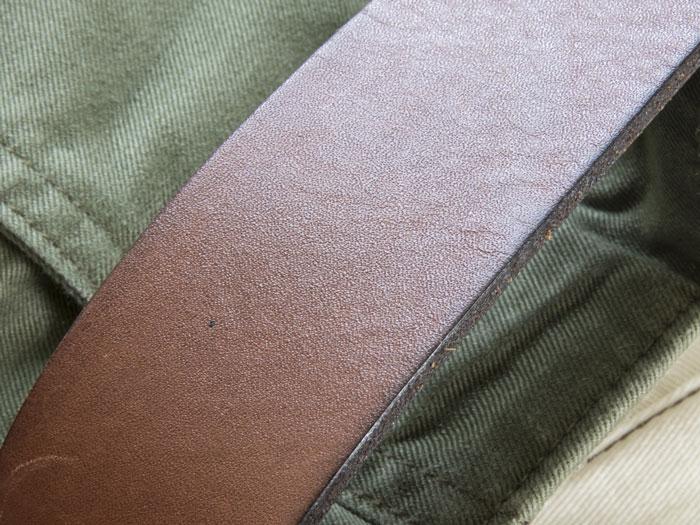 革ベルトと汗で焦るほどの色移り あせって漂白処理する前に確認すること