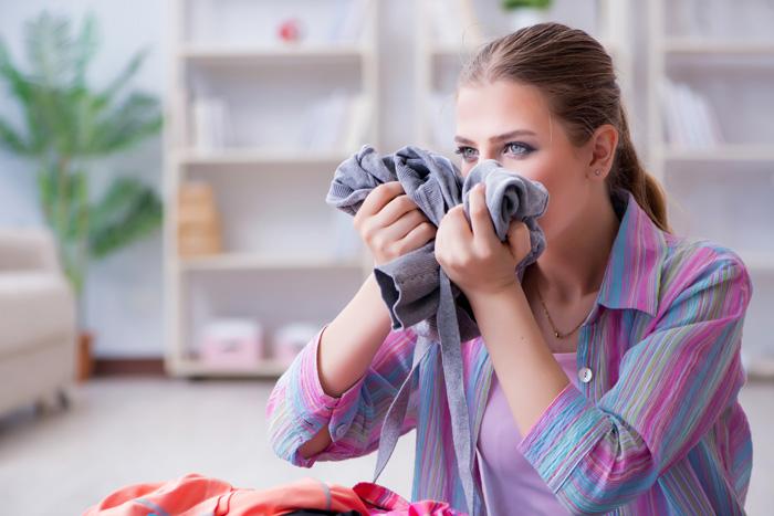 洗濯しても取れないTシャツやタオルの嫌な臭いを取り除く方法