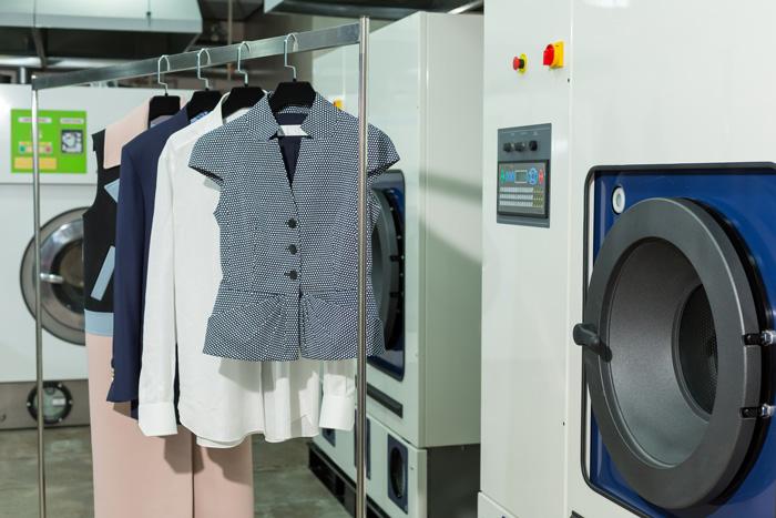 ドライクリーニングの優位性を知れば、あなたの洋服が綺麗で長持ちに!
