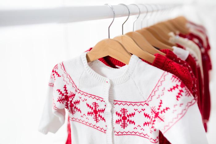 ごちゃごちゃになった服を見やすくきれいに整えるカラーマジック♪クローゼット編