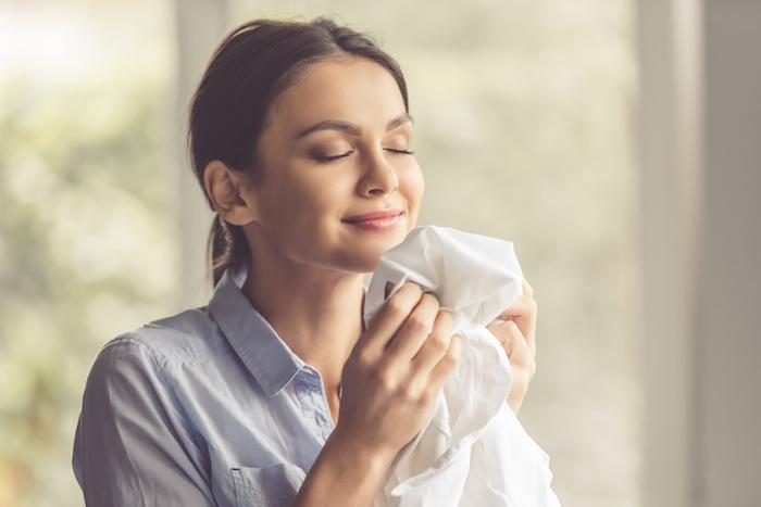 柔らかさ・香り・対戦防止など「柔軟剤」はなぜ入れるのか?